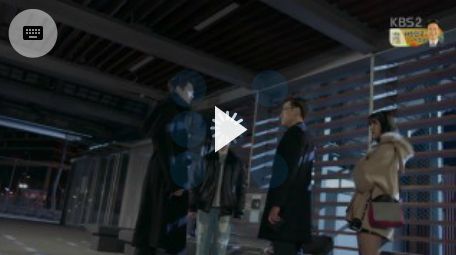ヒョンジュンはジュンヨンに人性を習いなさいと叱ります。