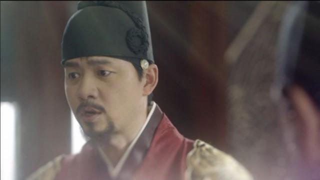 王様が李・旲(パク・ボゴム)の国婚を準備させます。