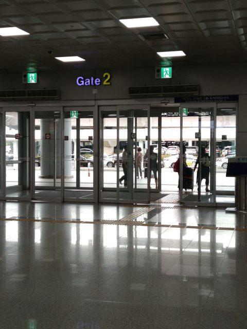 国際空港ゲート