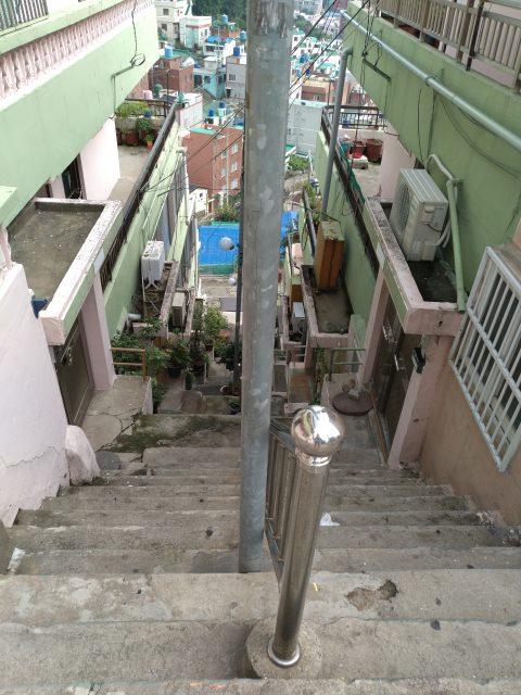 上から撮った階段
