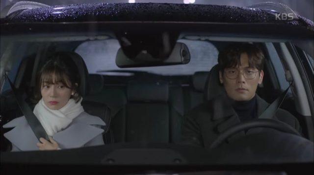 この日チウォンとユニがキスした後ぎこちなくて恥てお互いを好き避けをするばっかり