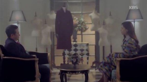 再び殺気を表せたシャロンはパク・チョルミン(キム・ビョンオク)に会って計略を立てました。