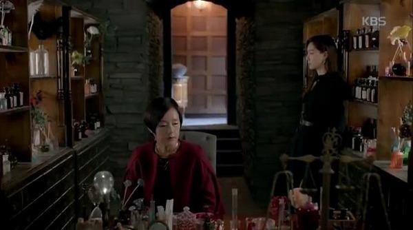 ベッキはスホを殺そうとしたシャロンを叱ります