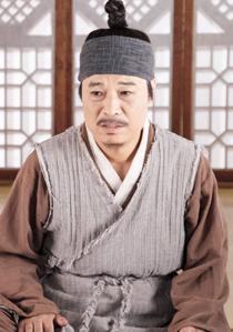 チョン・へギュンーヨン氏役 (ホンシムの養父)