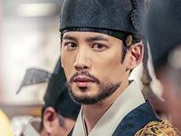パク・ギウン(박기웅) -イ・ジン(이진)役:王位継承序列1位の皇太子。