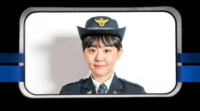 ユ・リョン(유령)役ームン・グニョン(문근영)