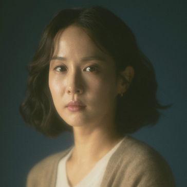 チョ・ヨジョンージョン・ソヨン役
