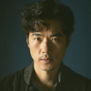 キム・カンウーカン・テウ役