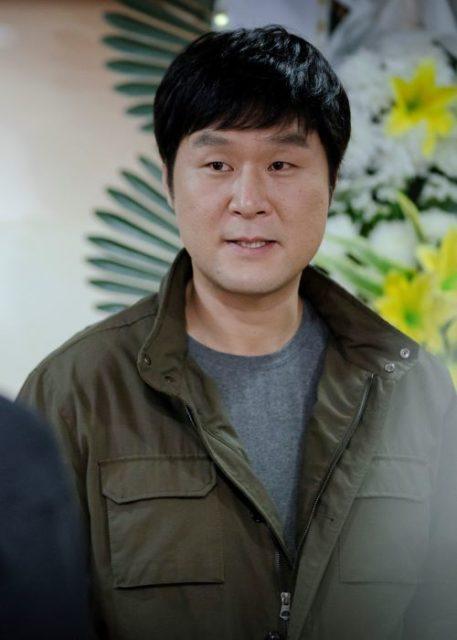 オ・ビョンホン(오병헌)役ーユン・キョンホ(윤경호)